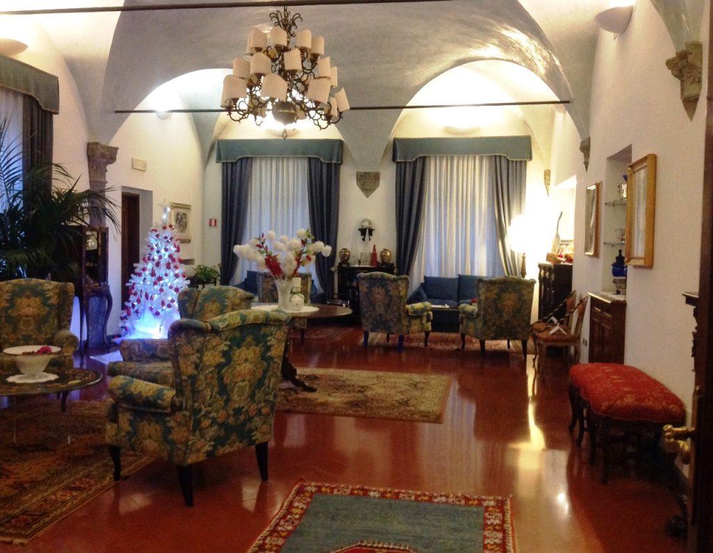 The simply divine old world lounge at The Rivoli! #travelgram