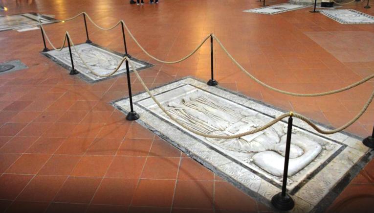 The Santa De Croce Basilica Florence. Resting place for 3 Greats. #DaVinci #Machiavelli #Michelangelo