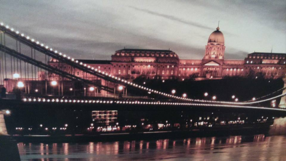 Night River Cruise - a Taste of what the Travel App Members get! #TravelTuesdays #visitBudapest