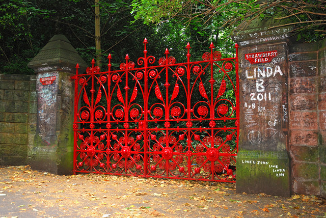 Strawberry Fields Is it worth a visit_ what not to do in Liverpool #traveltips