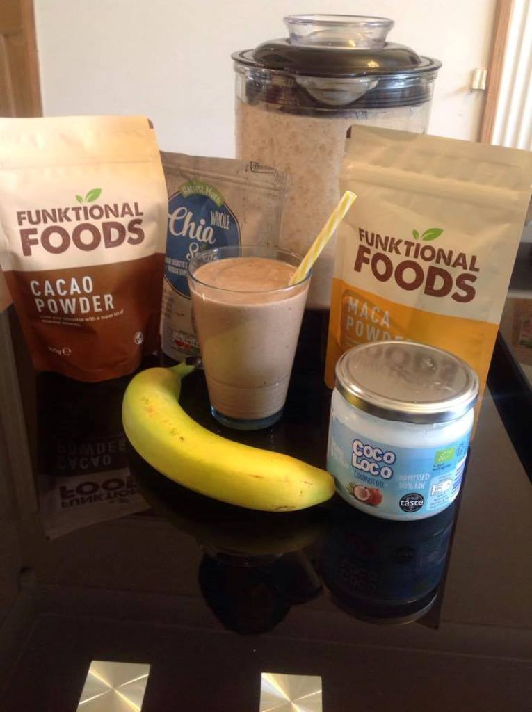 chocolate Smoothie, ultimate chocolate smoothie, healthy chocolate smoothie, white chocolate smoothie, coconut water, coconut, cocoa powder, chocolate blend